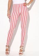 calças com linhas verticais