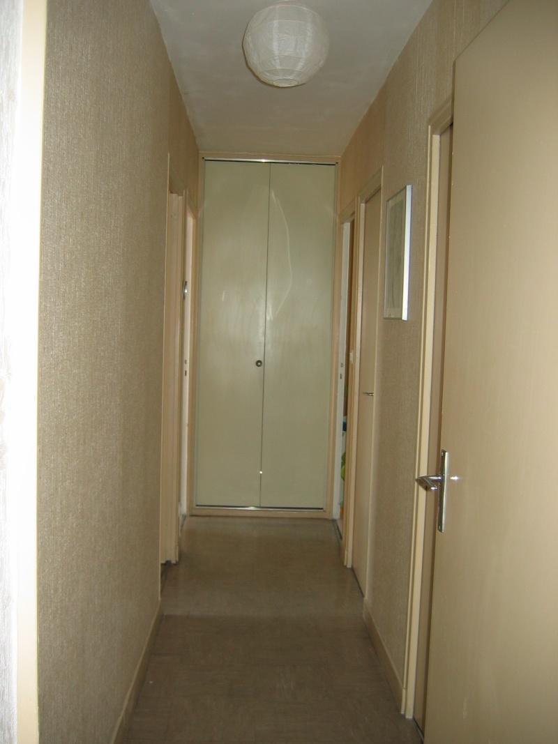 Refaire son couloir d entree maison design Refaire son couloir