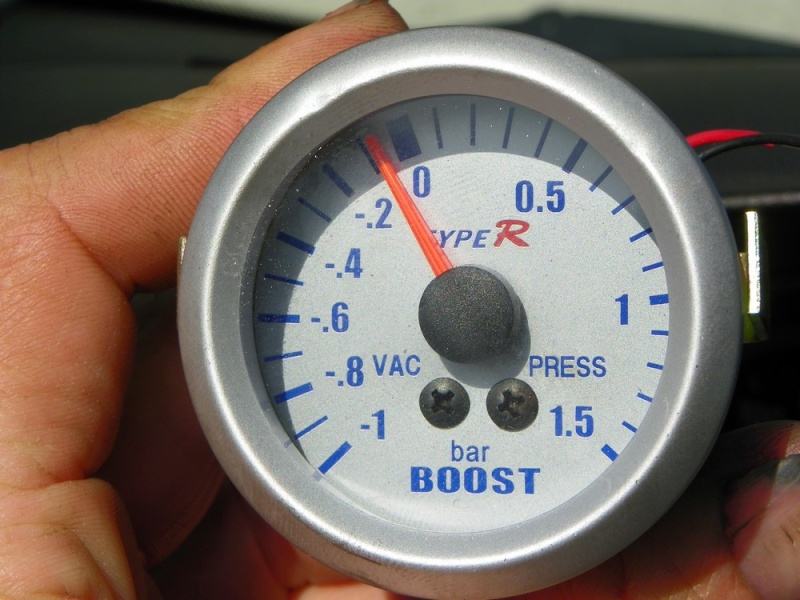 Tous mod les contr ler la pression turbo avec un manom tre tuto - Comment controler la terre d une installation ...