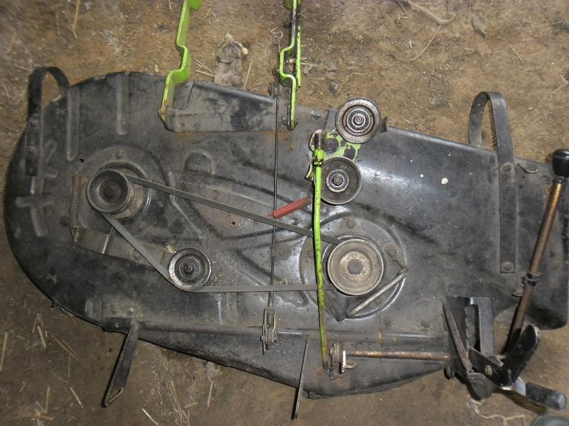 changer courroie tracteur tondeuse top de luembrayage duune with changer courroie tracteur. Black Bedroom Furniture Sets. Home Design Ideas