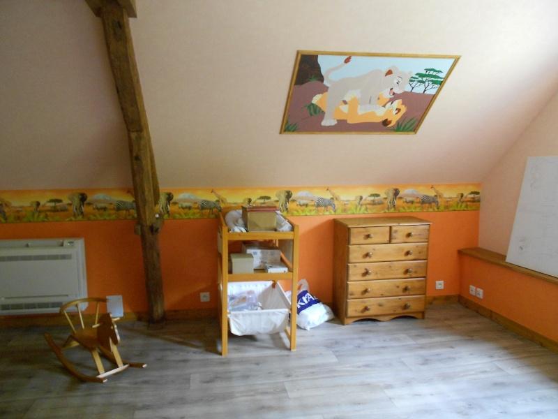 la chambre roi lion de ma fille son gateau de bapteme la belle au bois dormant. Black Bedroom Furniture Sets. Home Design Ideas